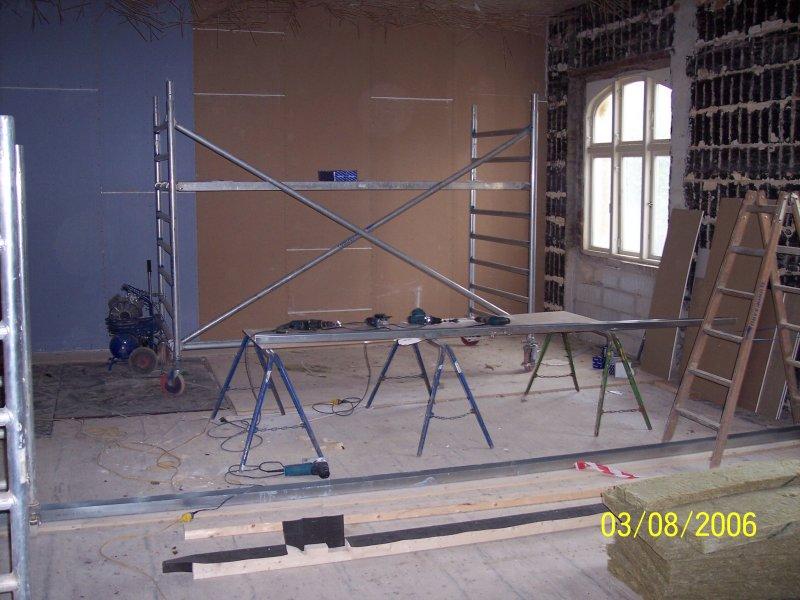 Eine von vielen Wänden die wir bauen :)