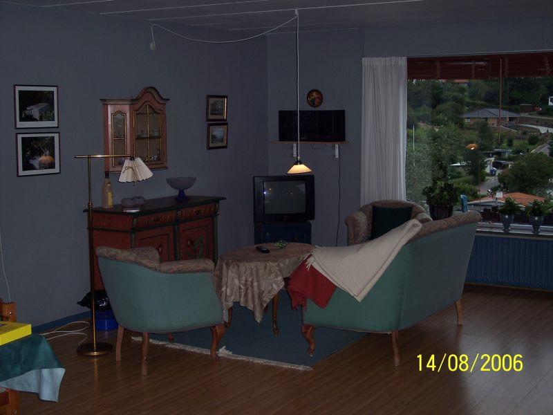 Die Fernseh und Musikecke meines Zimmers